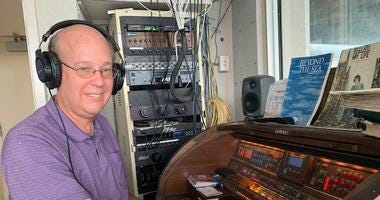 Gary Pressy, Chicago Cubs organist