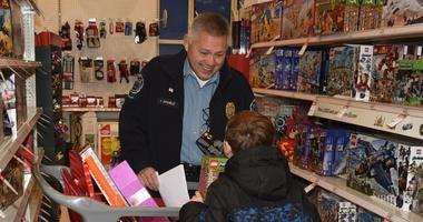 Schaumburg Kids Shop With a Cop