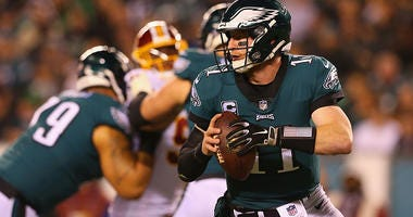Carson Wentz drops back for a pass against the Redskins.