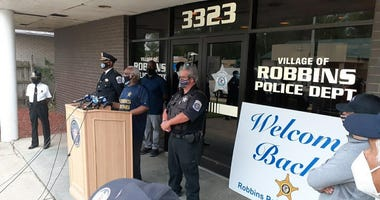 Robbins Welcomes Back Officer