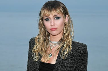 Miley Cyrus attends the Saint Laurent Mens Spring Summer 20 Show