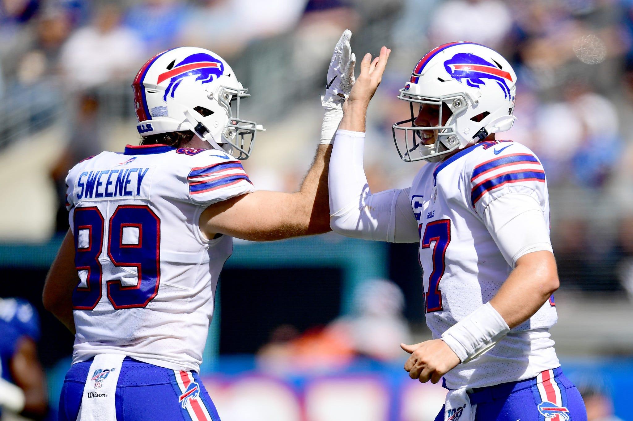 PHOTOS: Bills Dominate Giants 28-14