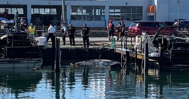 Boat fire at Rich Marine