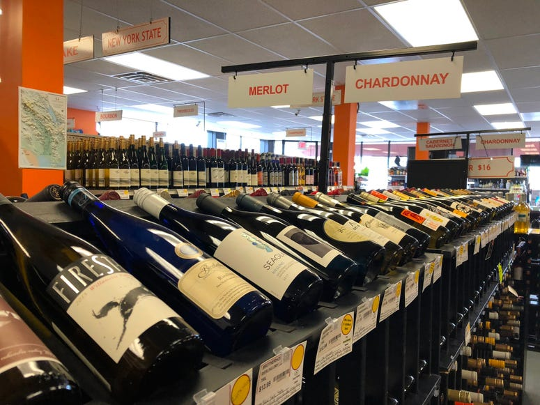Straight up Wines & Liquors in Kenmore. January 24, 2020 (WBEN Photo/Mike Baggerman)