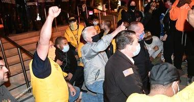 Sunday Night Protest in Niagara Falls