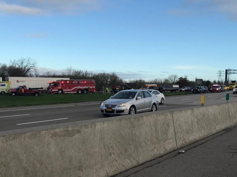 Traffic Alert: Rollover on I-90 W ramp to Rt  400 | WBEN 930am