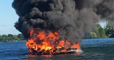 Boat fire on the Niagara River