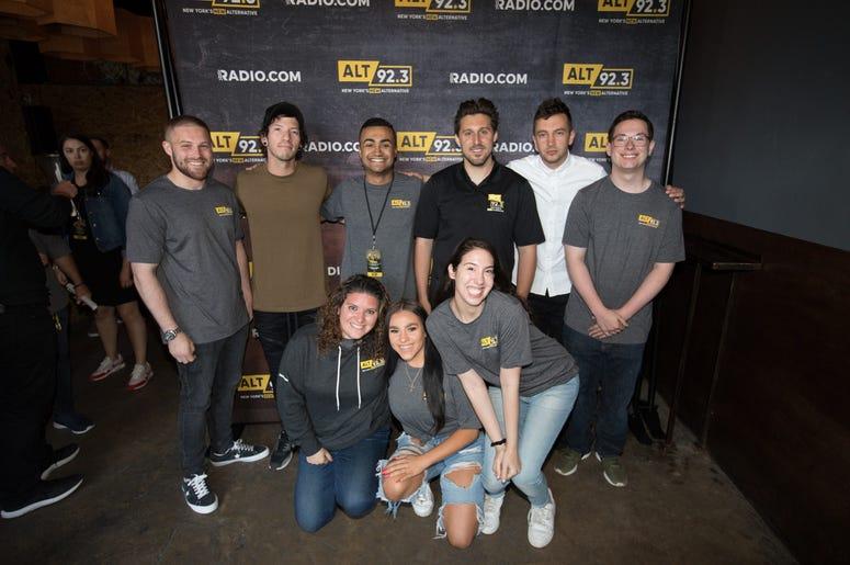 twenty one pilots meets fans during ALT 92.3 & RADIO.COM's Storytellers Performance