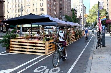 Biker in NYC wearing a mask