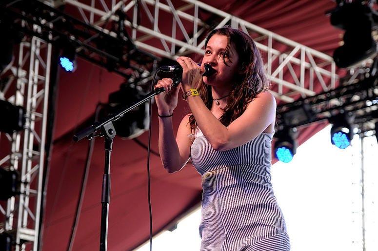 Meg Myers Performs at Coachella