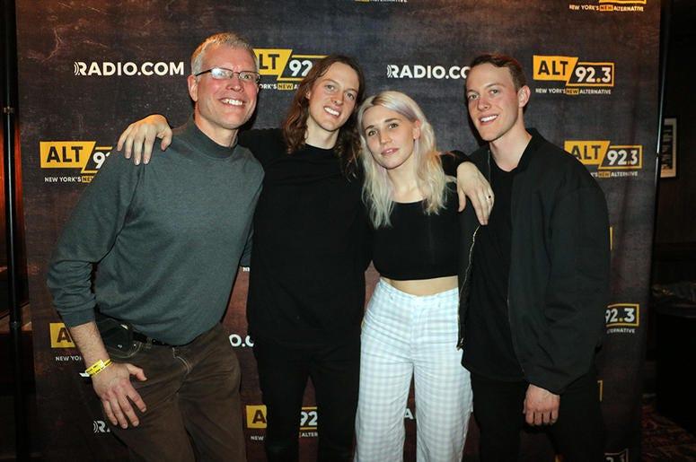 Shaed Meet Fans at ALT Pop Up Sessions