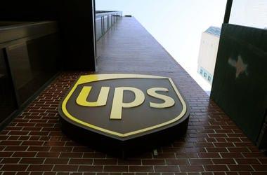 UPS LOOGO