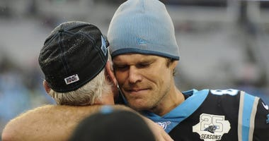 Carolina Panthers tight end Greg Olsen