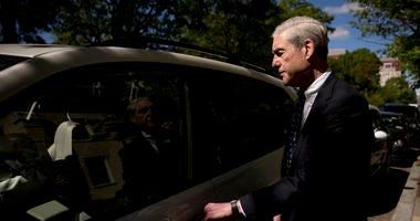 Trump called on spy chiefs for help as Mueller probe began