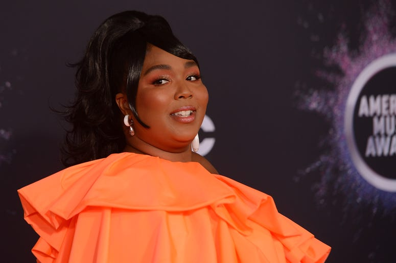 Lizzo attends the 2019 American Music Awards