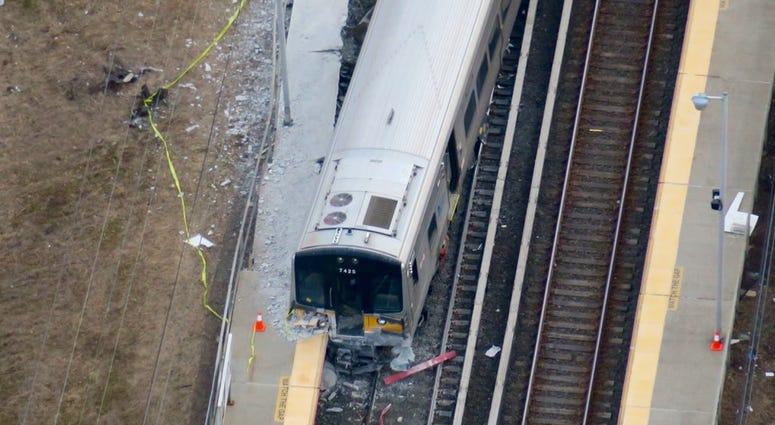 LIRR Westbury collision