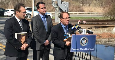 Alan Brody, husband of Ellen who died in Valhalla Metro North crash 3 years ago, joined David Carlucci and Tom Abinanti to call on the NYSDOT to release study on rail crossing improvements.