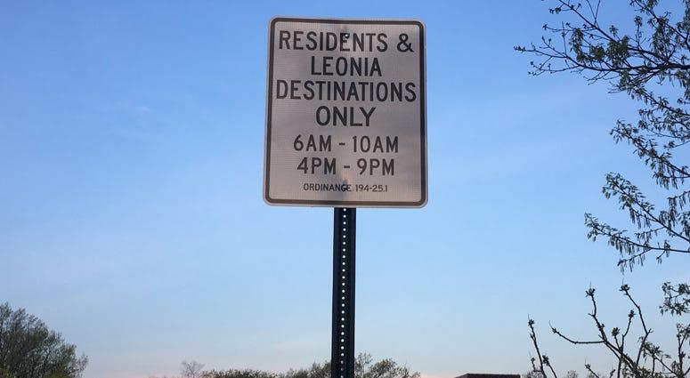 Leonia Street Sign