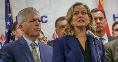 Laura Curran, Steve Bellone