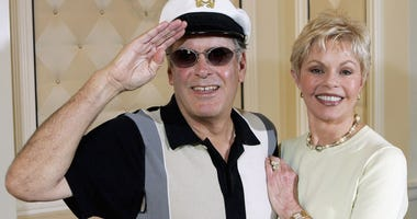 Daryl Dragon and Toni Tennille