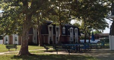 Hicksville housing complex burglary