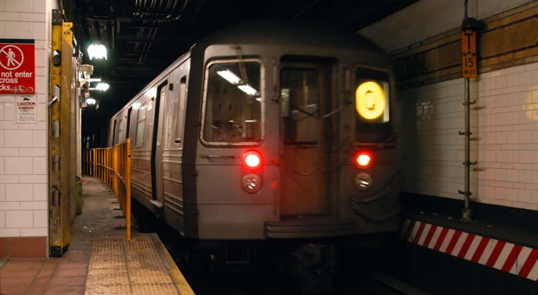 Q train subway