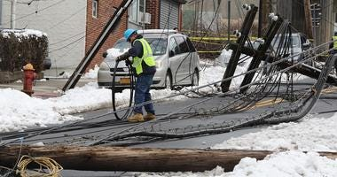 Con Edison Crews after nor'easter