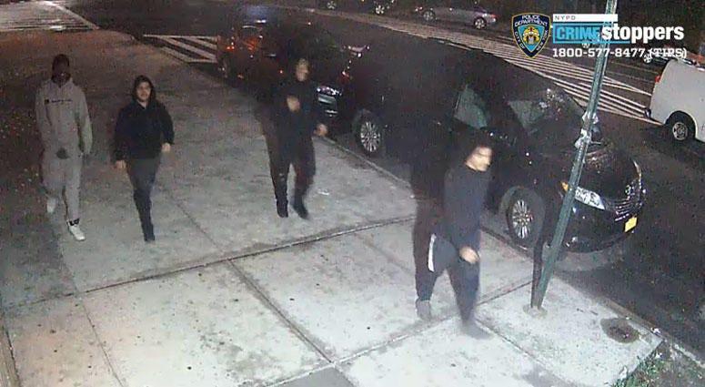 Suspects sought in anti-Semitic attack