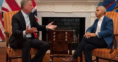 New York Mayor Bill de Blasio meets with London Mayor Sadiq Khan
