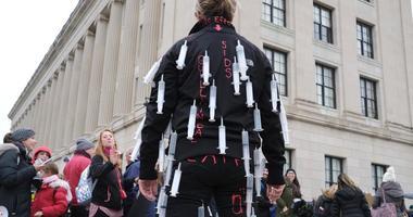 Vaccine Protest (AP)