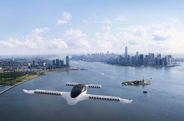A rendering of a Lilium jet flying over New York City