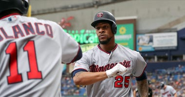 Twins center fielder Byron Buxton homers