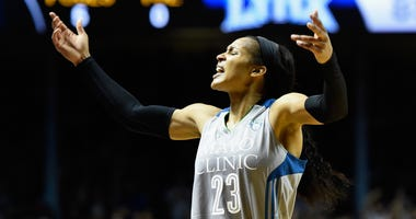 4: Maya Moore #23 of the Minnesota Lynx pumps up the crowd in the final minute of Game Five of the WNBA Finals against the Los Angeles Sparks on October 4, 2017 a
