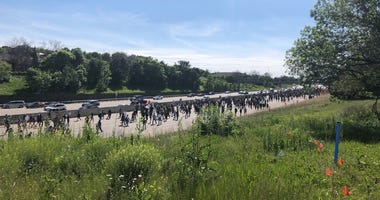 Hwy 94 protest in St. Paul