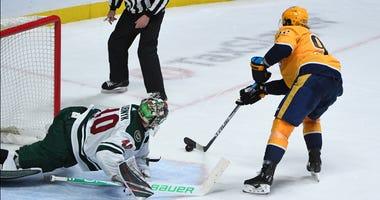 Devan Dubnyk gets beat by Ryan Johansen in shootout