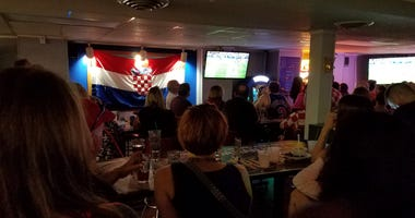 Cro Bar crowd for World Cup final