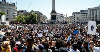 Officials Say Protesters Increase the Risk of Spreading Coronavirus