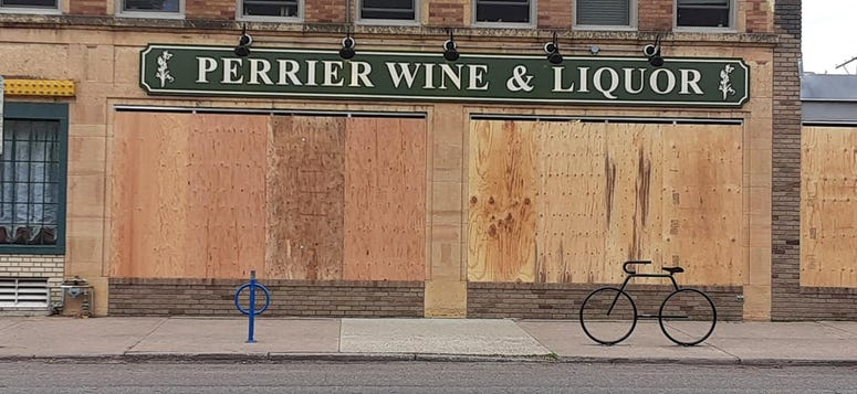 Grand Ave Boarded up