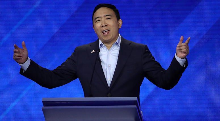 Andrew Yang >> Andrew Yang Talks To Chad Hartman Ahead Of Iowa Debate Wcco