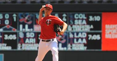Jake Odorizzi pitches for the Twins