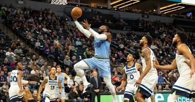 Grizzlies get a baskete from Jae Crowder