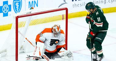 Carter Hart faces Zach Parise