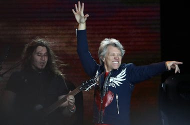 MELBOURNE, AUSTRALIA - DECEMBER 01: Jon Bon Jovi and Phil X perform during the Bon Jovi This House Is Not For Sale Tour 2108, at Melbourne Cricket Ground on December 01, 2018 in Melbourne, Australia. (Photo by Robert Cianflone/Getty Images)