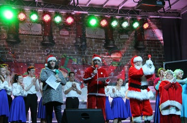 2019 Crocker Park tree lighting