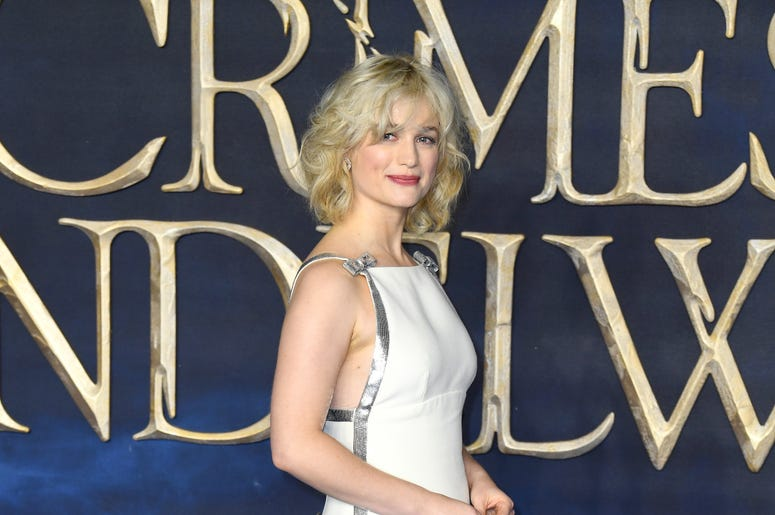 Alison Sudol attending the Fantastic Beasts: The Crimes of Grindelwald UK premiere held at Leicester Square, London.