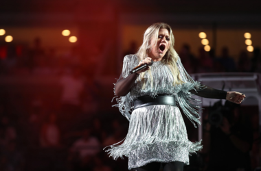 kelly clarkson setlist, kelly clarkson concert, kelly clarkson set list, meaning of life tour