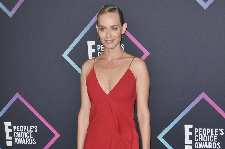 Amber Valletta arrives at the 2018 E! People's Choice Awards held at the Barker Hangar in Santa Monica, CA on Sunday, ​November 11, 2018.