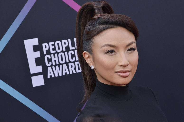 Jeannie Mai arrives at the 2018 E! People's Choice Awards held at the Barker Hanga
