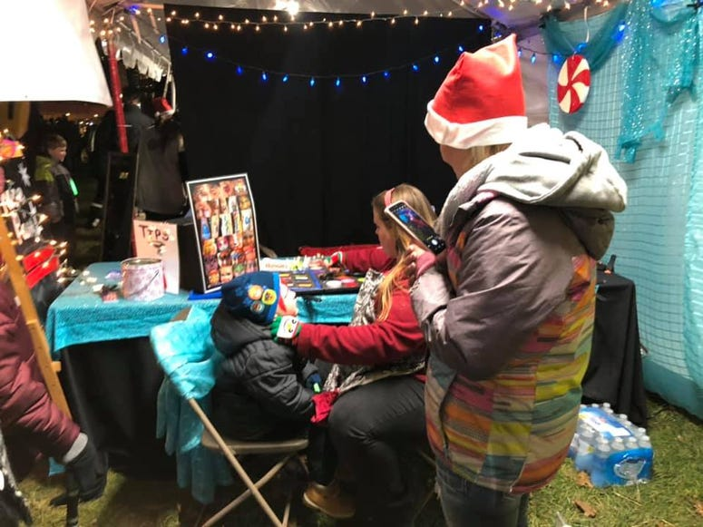 Face Painting at Santa Spectacular