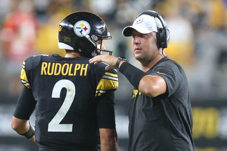 Pittsburgh Steelers quarterbacks Mason Rudolph and Ben Roethlisberger